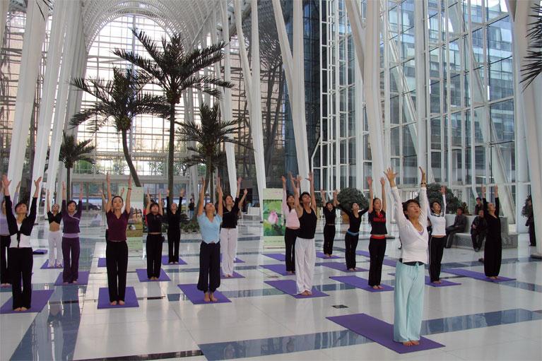 勤练这三个瑜伽能抗衰老 瑜伽体式