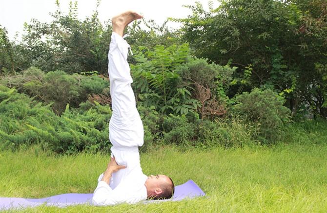 饭后练习这个瑜伽体式减脂塑形 瑜伽练习