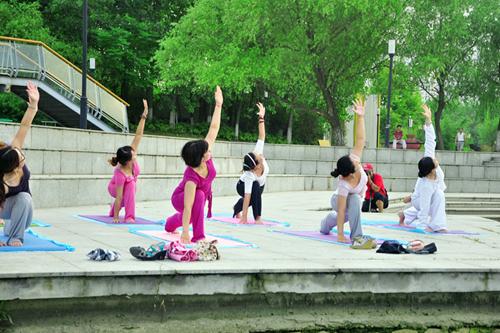 5式理疗瑜伽促肝排毒  瑜伽动作