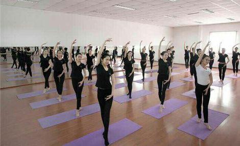 帮你强身健体的瑜伽动作 瑜伽体式
