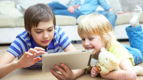 给孩子挑选在线英语学习平台要注意哪些问题?