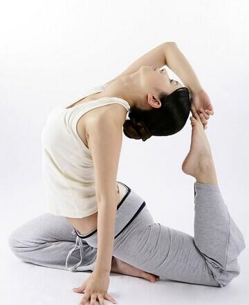 瑜伽是你生命中有眼光的投资 瑜伽动作益身心
