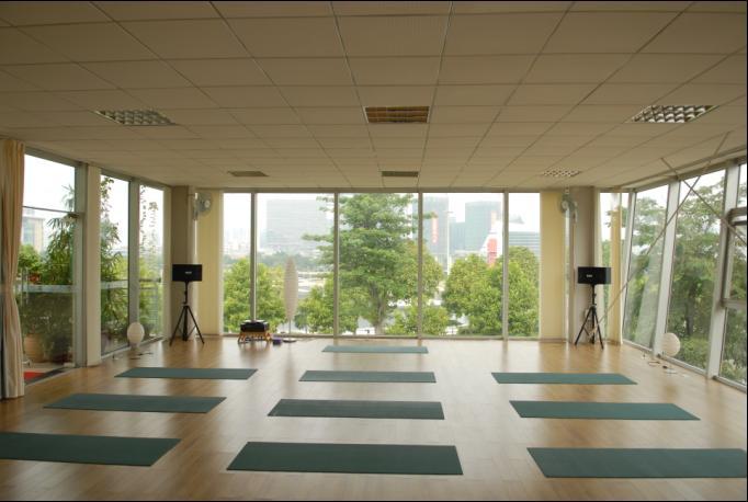 瑜伽伸展体式帮你塑造身型 瑜伽学习