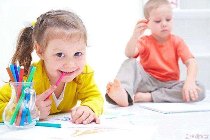 线上少儿英语教育机构有哪些?哪家综合教育最好?